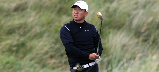 Anthony Kim using his Nike hybrid